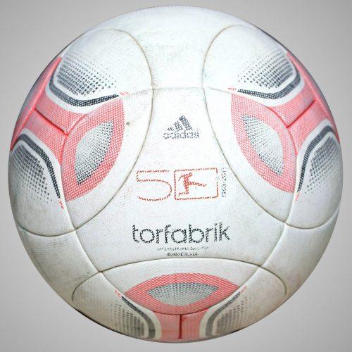 Adidas Torfabrik 2012 Official Matchball
