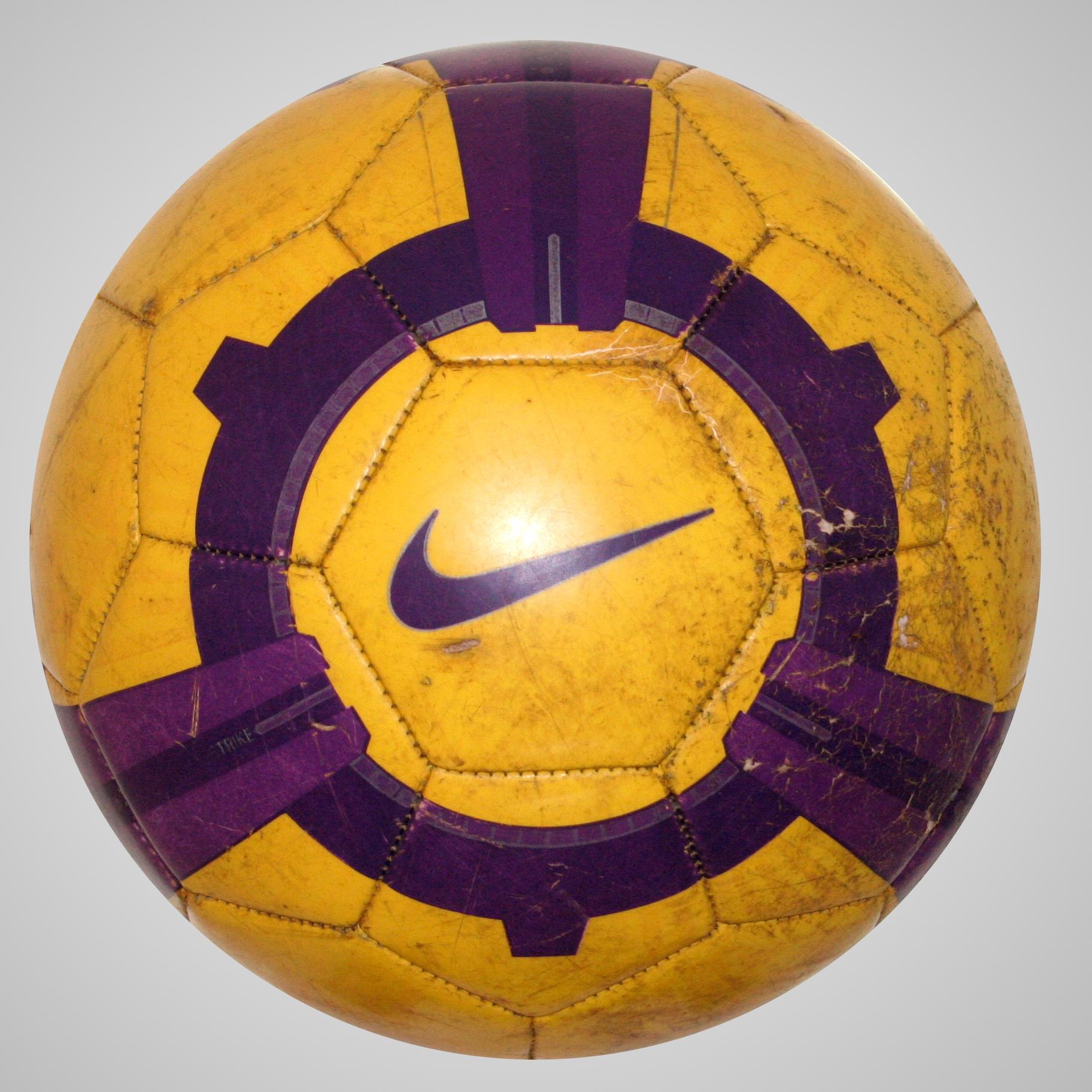 Nike T90 Strike 2009