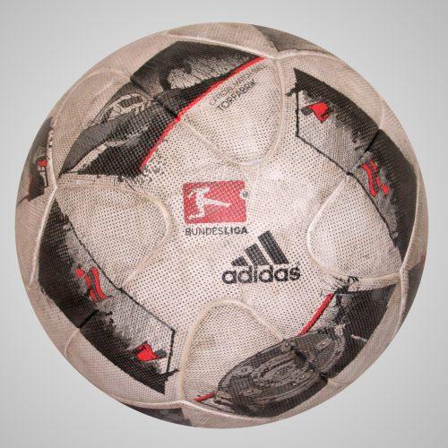 Torfabrik Official Matchball 2016